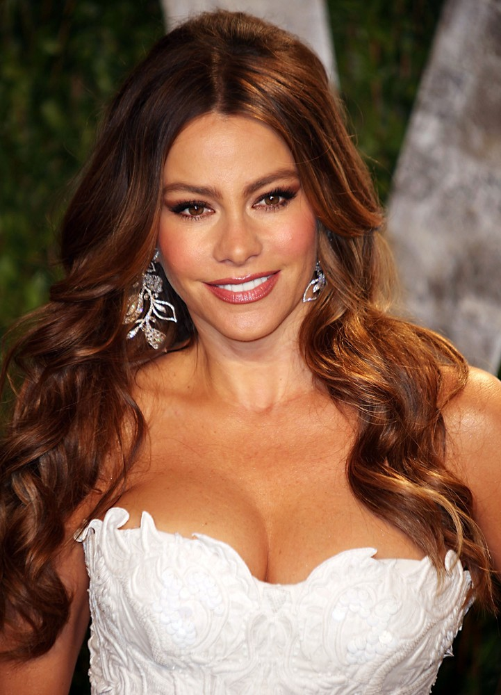 sofia-vergara-2012-vanity-fair-oscar-party-02